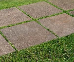 Keramikplatten, Verlegung auf Rasen